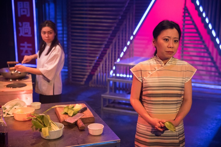 RX Theatre - Siu-See Hung (Helen), Tina Chiang (Lily) in Mountains - photo by Jonathan Keenan (2)